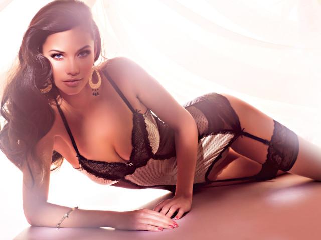 Completini sexy: ecco qualche idea per farlo impazzire con la lingerie erotica